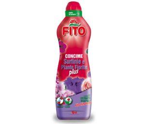 Fito Surfinie e Piante Fiorite Plus è un concime liquido ideale per nutrire le piante fiorite. Il suo elevato titolo in potassio garantisce un'abbondante e prolungata fioritura.