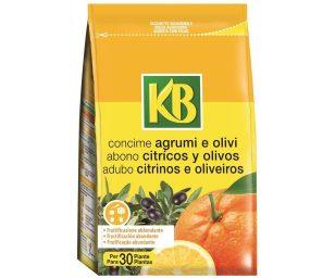 Concime organo-minerale ideale per tutti i tipi di agrume ornamentale o da frutto coltivati sia in contenitore sia in piena terra.