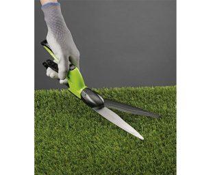 Ideale per piccoli lavori di rifinitura dopo il taglio dell'erba.