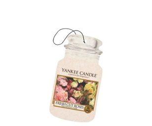 Un inebriante giardino all'inglese profumato di rose tradizionali.