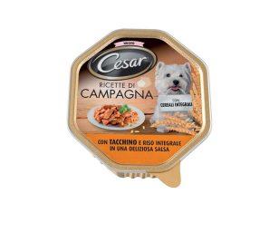 Con cesar® ricette di campagna tacchino con riso integrale è la ricetta ideale per deliziare il tuo cane e al contempo dargli tutto il nutrimento di cui ha bisogno grazie ai cereali integrali.