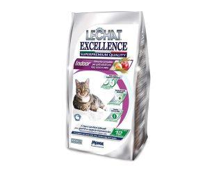 Alimento completo per gatti adulti che vivono in casa e che necessitano di un'alimentazione controllata per rimanere in forma