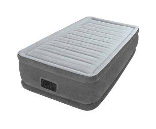 Questo materasso singolo gonfiabile è l'ideale per l'utilizzo in casa o all'esterno