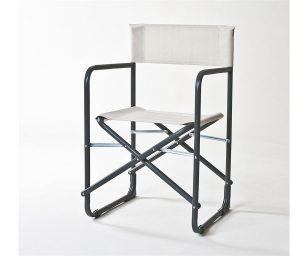 La sedia da regista CLUB rappresenta il classico per eccellenza.