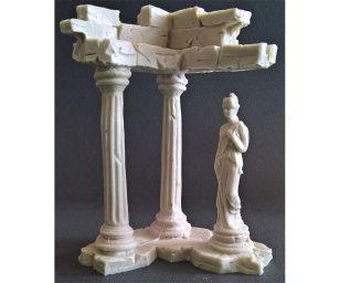 Tempio piccolo con statua.