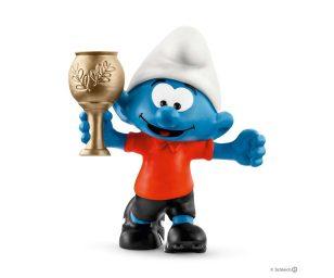 Puffo calciatore con trofeo.