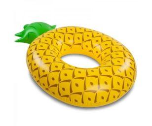 Salvagenti assortiti: ananas cm 116x88 e anguria cm 119 assortiti.