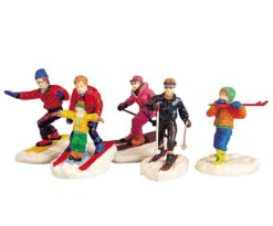 Winter fun figurines